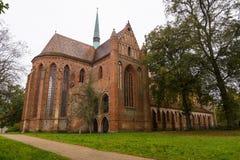 De Chorinabdij is de vroegere Cisterciënzer abdij dichtbij het dorp van Chorin in Brandenburg, Duitsland Royalty-vrije Stock Foto's