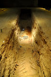 De cijfers van het graf in het mausoleum Stock Foto