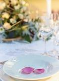 De close-up van de de lijstdecoratie van het huwelijk royalty-vrije stock afbeeldingen