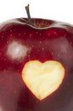 De close-up van de hartvorm in appel wordt gesneden die royalty-vrije stock foto