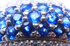 De Close-up van de Ring van de Saffier van de diamant Royalty-vrije Stock Foto's