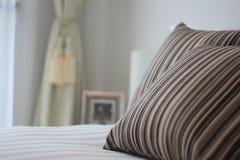 De close-up van het bed en van het hoofdkussen Royalty-vrije Stock Afbeelding