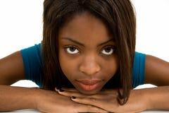 De Close-up van het gezicht van een Mooie Afrikaanse Amerikaanse Dame Stock Foto's