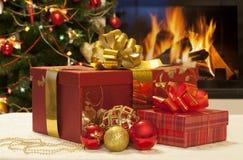De close-up van Kerstmisgiften Stock Foto's