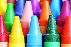 De close-up van kleurpotloden.