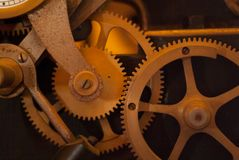 De close-upmening van motor past wielen aan, Stock Afbeeldingen