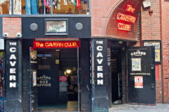 De club van het Hol, in Mathew St, Liverpool, het UK. Stock Foto's