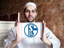 De clubembleem van het FC Schalke 04voetbal Stock Foto's