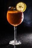 De Cocktail van Aperolspritz Stock Afbeeldingen
