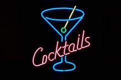 De Cocktails van het neon royalty-vrije stock afbeeldingen