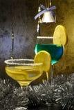 De Cocktails van Kerstmis met citroenen Stock Afbeeldingen