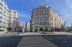 De combinatie verschillende stijlen van architectuur in Moskou Stock Foto