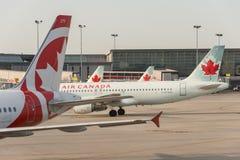 De commerciële vliegtuigen van Air Canada royalty-vrije stock afbeelding