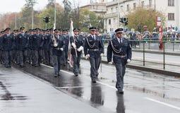 De commiezen marcheren op militaire parade stock foto
