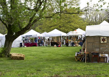 De communautaire Markt van de Ambacht bij het Festival van de Aardbei