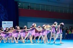 De competities van de kinderen van 'MegaDance' in choreografie, 28 November 2015 in Minsk, Wit-Rusland stock afbeelding