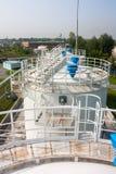 De complexe tanks van de brandstofopslag het bijtanken Stock Foto's