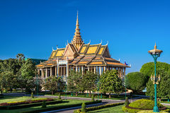 De Complexe tuin van Royal Palace, Phnom Penh, Kambodja Stock Foto