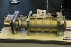 De compressor om HFC samen te persen stock afbeelding