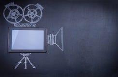 De computer van de tablet als filmcamera Royalty-vrije Stock Afbeelding
