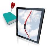 De Computer van de tablet versus Oud Afgedrukt Boek Stock Foto