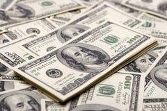 De concepten van de welvaart - honderd dollars Stock Afbeeldingen