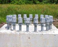 De concrete noten van wasmachinesbouten Royalty-vrije Stock Fotografie