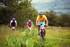 De concurrentie van de de bergfiets van de zomer Stock Afbeelding