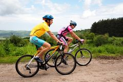 De concurrentie van de de bergfiets van de zomer Stock Foto