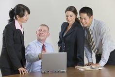 De conferentievergadering van het team. royalty-vrije stock afbeelding