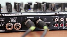 De consolecontactdozen van DJ stock videobeelden