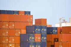 De Container van de lading Stock Foto's