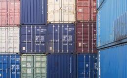 De containers van de groepslading stock foto