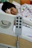De controle remoto da cama paciente Fotografia de Stock Royalty Free