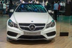 De Coupé van Mercedes-Benz euro 250 in Thailand 37ste Bangkok binnen wordt getoond dat Stock Foto's