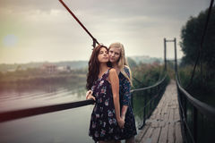 De couples concept lesbien ensemble dehors Images libres de droits