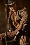 De cowboy met het Zwarte Zwepen van het Leer ranselt royalty-vrije stock fotografie