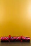 De cracker van geruit Schots wollen stofkerstmis met lege hierboven ruimte Stock Afbeeldingen