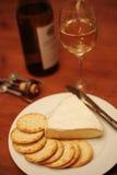 De crackers witte wijn van de Brie Stock Afbeeldingen