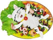 De creatieve maaltijd van de voedselrijst met groenten en garnalen royalty-vrije stock fotografie