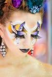 De creatieve make-up toont bij het festival van schoonheid stock foto's