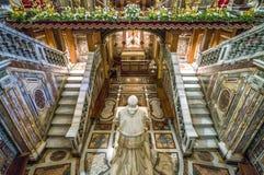 De crypt met het standbeeld van Pio IX in de Basiliek van Santa Maria Maggiore in Rome, Italië stock foto