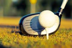 De cursus van het golf in het platteland Stock Fotografie