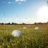 De cursus van het golf in het platteland Stock Foto's