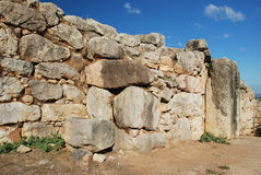 De cyclopean väggarna av Tiryns - bakgrund för Peloponnese stenblockvägg royaltyfria foton