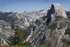 De dôme de stationnement de Yosemite demi Image libre de droits