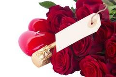 De dag donkerrode rozen van Valentine Stock Afbeeldingen