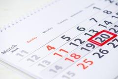 De Dag van de aarde 20 Maart-teken op de kalender Stock Foto's