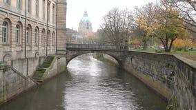 De dag van de Fggyherfst in Hanover Nedersaksen stock video