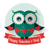 De Dag van gelukkig Valentine! Vectorgroetkaart met vlakke uil Royalty-vrije Stock Foto's